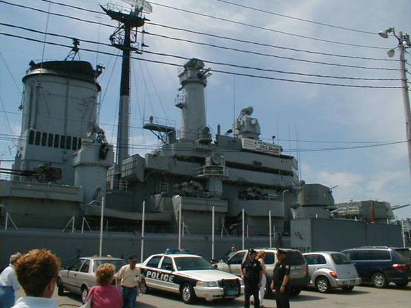 008_H   USS Salem