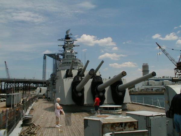 077_H   USS Salem